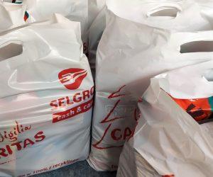 Paczki dla potrzebujących ze wsparciem Selgros