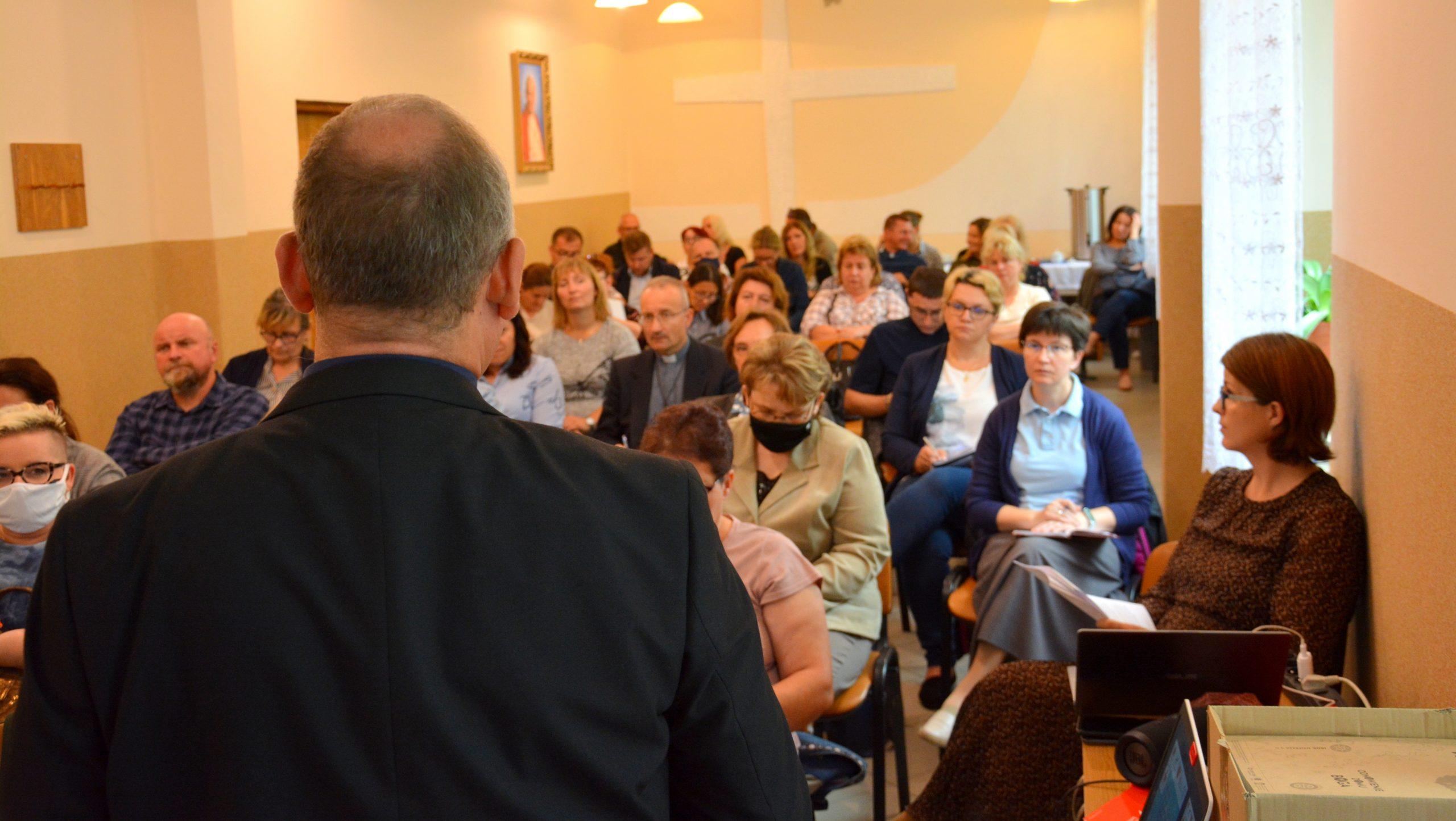 Read more about the article Spotkanie szkoleniowe opiekunów Szkolnych Kół Caritas