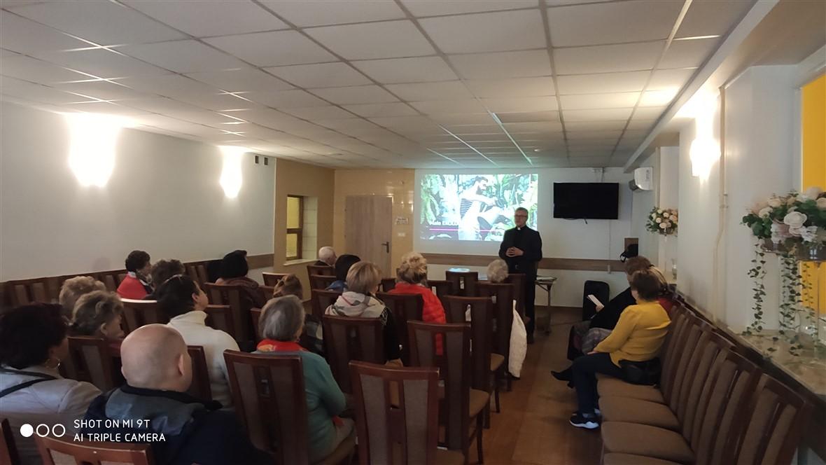 Read more about the article O ekologii z Parafialnymi Zespołami Caritas