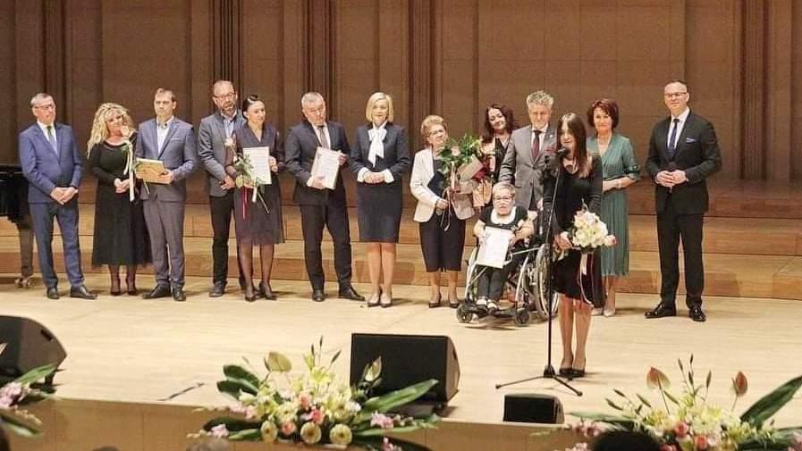 Read more about the article Świętokrzyskie Anioły Dobroci dla osób i instytucji zaangażowanych w dzieła charytatywne